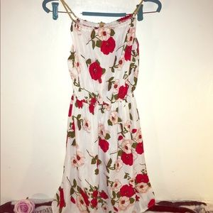 Dresses & Skirts - Gorgeous Floral print White mini dress size small